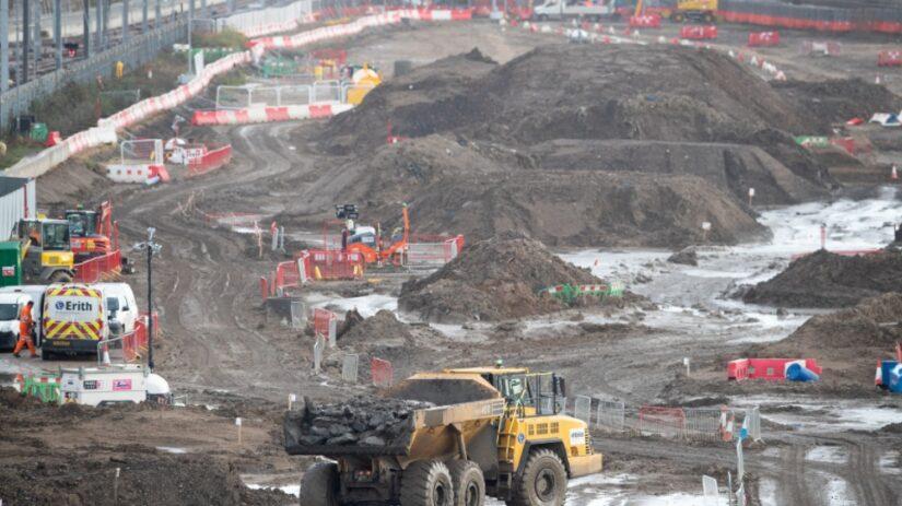 La construcción de HS2 comienza formalmente con el momento de 'palas en el suelo'